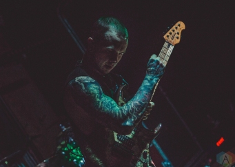 Jason Richardson performs at Mahall's in Lakewood, Ohio on March 7, 2017. (Photo: Emma Fischer/Aesthetic Magazine)