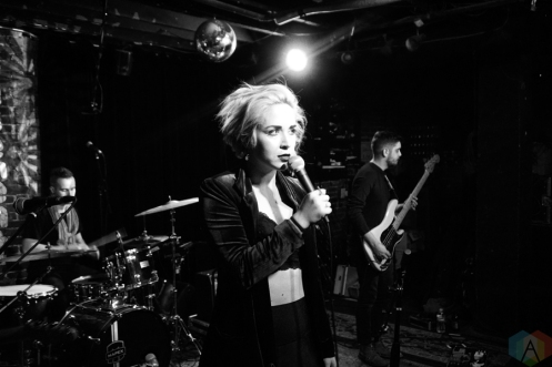 The Foxies perform at The Basement in Nashville on March 3, 2017. (Photo: Sean McHugh/Aesthetic Magazine)