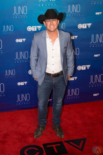 Aaron Pritchett attends the 2017 JUNO Awards at the Canadian Tire Centre in Ottawa on April 2, 2017. (Photo: Brendan Albert/Aesthetic Magazine)