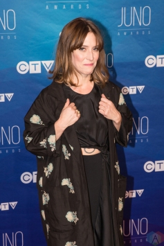 Feist attends the 2017 JUNO Awards at the Canadian Tire Centre in Ottawa on April 2, 2017. (Photo: Brendan Albert/Aesthetic Magazine)