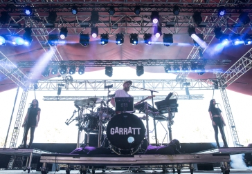 Jack Garratt performs at the Coachella Music Festival in Indio, California on April 16, 2017. (Photo: Brian Willette)