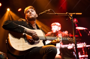James Arthur performs at iHeartRadio Fest at Rebel in Toronto on April 21, 2017. (Photo: Brendan Albert/Aesthetic Magazine)