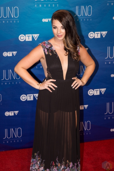 Jess Moskaluke attends the 2017 JUNO Awards at the Canadian Tire Centre in Ottawa on April 2, 2017. (Photo: Brendan Albert/Aesthetic Magazine)