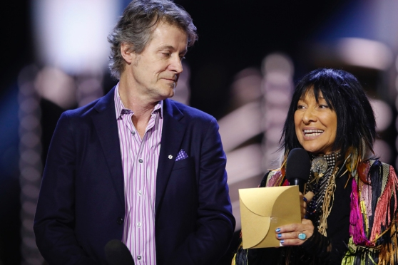 Jim Cuddy and Buffy Sainte-Marie appear at the 2017 JUNO Awards at the Canadian Tire Centre in Ottawa on April 2, 2017. (Photo: CARAS)