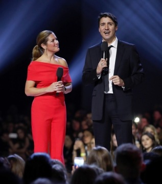Prime Minister Justin Trudeau appears at the 2017 JUNO Awards at the Canadian Tire Centre in Ottawa on April 2, 2017. (Photo: CARAS)