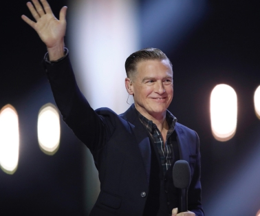 Co-Host Bryan Adams at the 2017 JUNO Awards at the Canadian Tire Centre in Ottawa on April 2, 2017. (Photo: CARAS)