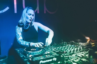 Sara Sukkha performs at Snowbombing Canada at Sun Peaks Resort in Sun Peaks, British Columbia on April 6, 2017