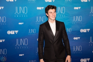 Shawn Mendes attends the 2017 JUNO Awards at the Canadian Tire Centre in Ottawa on April 2, 2017. (Photo: Brendan Albert/Aesthetic Magazine)