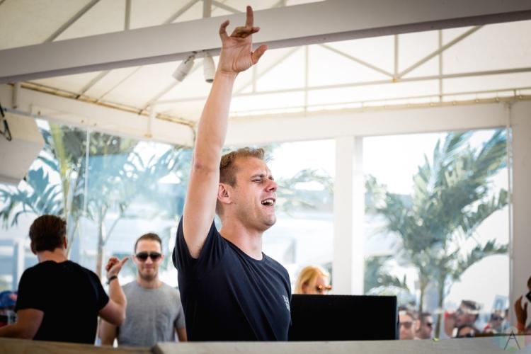 Armin Van Buuren performs at Cabana Pool Bar in Toronto on May 28, 2017. (Photo: Anton Mak/Aesthetic Magazine)