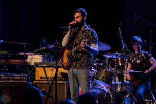 Dams of the West performs at the Royal Alexandra Theatre in Toronto on May 6, 2017. (Photo: Sarah McNeil/Aesthetic Magazine)