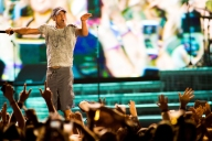 Kenny Chesney performs at Stagecoach Festival at the Empire Polo Club in Indio, California on April 30, 2017. (Photo: Erik Voake)