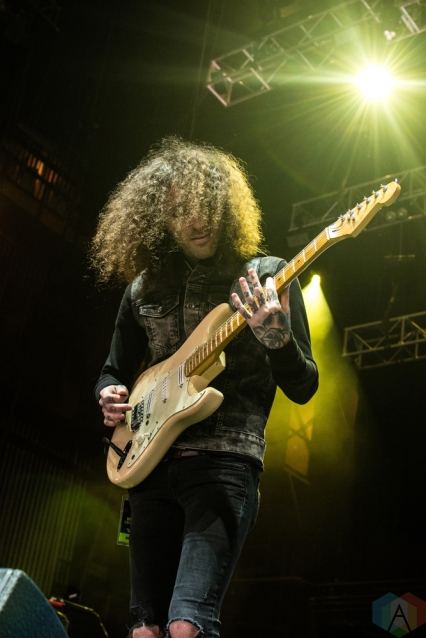 PHNTMS performs at the Radio 104.5 10th Birthday Show at BB&T Pavilion in Camden, New Jersey on May 13, 2017. (Photo: Saidy Lopez/Aesthetic Magazine)