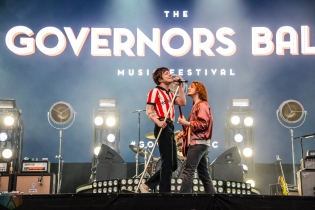 Cage The Elephant performs at the Governors Ball Music Festival in New York City on June 4, 2017. (Photo: Alx Bear/Aesthetic Magazine)