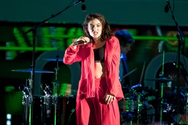 Lorde performs at the 2017 iHeartRadio Much Music Video Awards in Toronto on June 18, 2017. (Photo: Orest Dorosh/Aesthetic Magazine)
