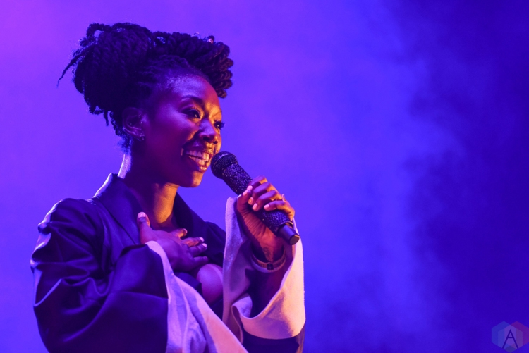 Brandy performs at Echo Beach in Toronto on July 30, 2017. (Photo: Jaime Espinoza/Aesthetic Magazine)