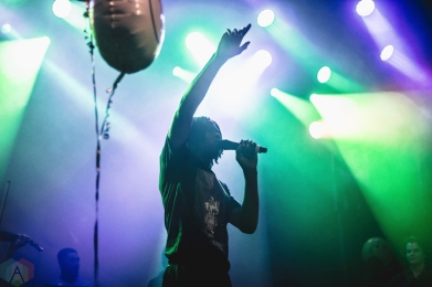 Daniel Caesar performs at Mod Club in Toronto on July 26, 2017. (Photo: Anton Mak/Aesthetic Magazine)