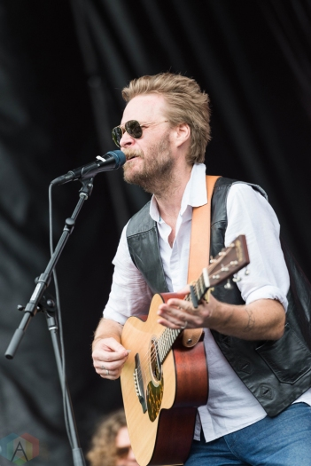 Hiss Golden Messenger performs at Pitchfork Festival in Chicago on July 14, 2017. (Photo: Katie Kuropas/Aesthetic Magazine)