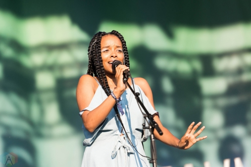 Jamila Woods performs at Pitchfork Festival in Chicago on July 16, 2017. (Photo: Katie Kuropas/Aesthetic Magazine)