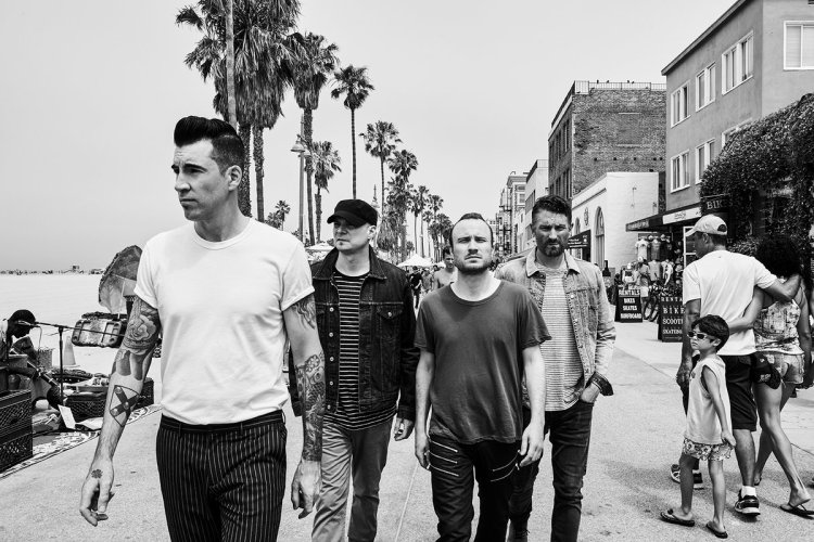 Theory Of A Deadman. (Photo: Jimmy Fontaine)