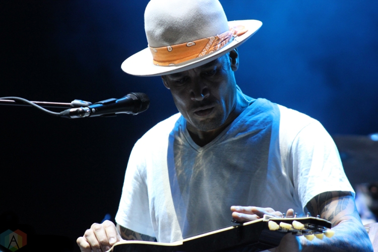 Ben Harper performs at Big Feastival at Burl's Creek in Oro-Medonte, Ontario on August 19, 2017. (Photo: Curtis Sindrey/Aesthetic Magazine)