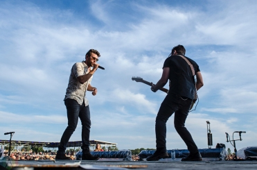 Brett Eldredge performs at Boots And Hearts on August 13, 2017. (Photo: Morgan Harris/Aesthetic Magazine)
