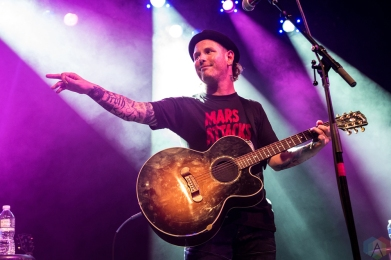 Corey Taylor performs at Irving Plaza in New York City on August 9, 2017. (Photo: Saidy Lopez/Aesthetic Magazine)