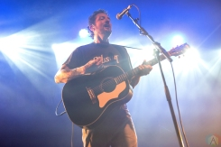 Frank Turner performs at O2 Ritz Manchester in Manchester, UK on August 24, 2017. (Photo: Sabrina Ramdoyal/Aesthetic Magazine)