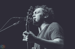 Phillip Phillips performs at Saratoga Performing Arts Center in Saratoga Springs, New York on August 20, 2017. (Photo: Danny DeRusso/Aesthetic Magazine)