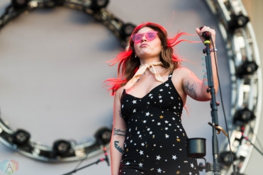 Best Coast performs at Riot Fest in Chicago on September 17, 2017. (Photo: Katie Kuropas/Aesthetic Magazine)