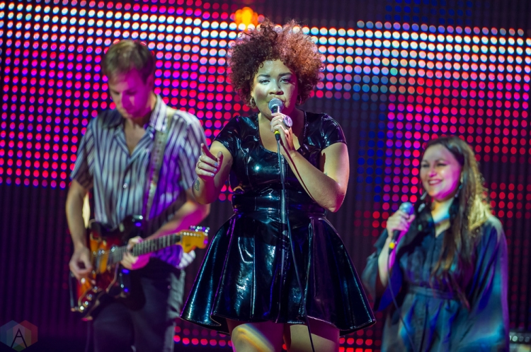 Weaves performs at the Polaris Music Prize gala at the Carlu in Toronto on September 18, 2017. (Photo: Orest Dorosh/Aesthetic Magazine)