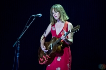 Feist performs at the Polaris Music Prize gala at the Carlu in Toronto on September 18, 2017. (Photo: Orest Dorosh/Aesthetic Magazine)