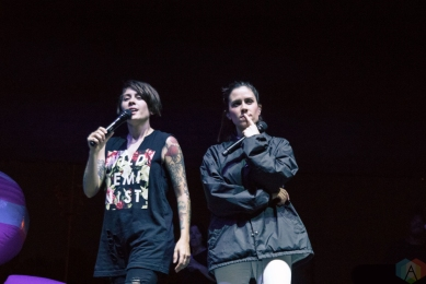 Tegan And Sara performs at High And Low Festival at the NOS Events Center in San Bernardino, California on September 9, 2017. (Photo: James Alvarez/Aesthetic Magazine)