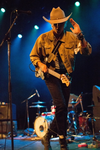 The Garden performs at Vogue Theatre in Vancouver on September 12, 2017. (Photo: Emily Chin/Aesthetic Magazine)