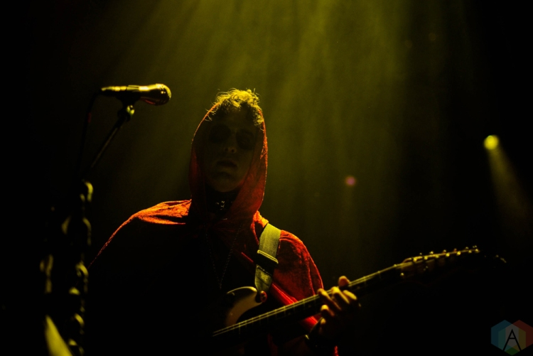 BROOKLYN, NY - OCTOBER 28: Beach Fossils performs at Brooklyn Steel in Brooklyn, New York on October 28, 2017. (Photo: Bryceson Center/Aesthetic Magazine)