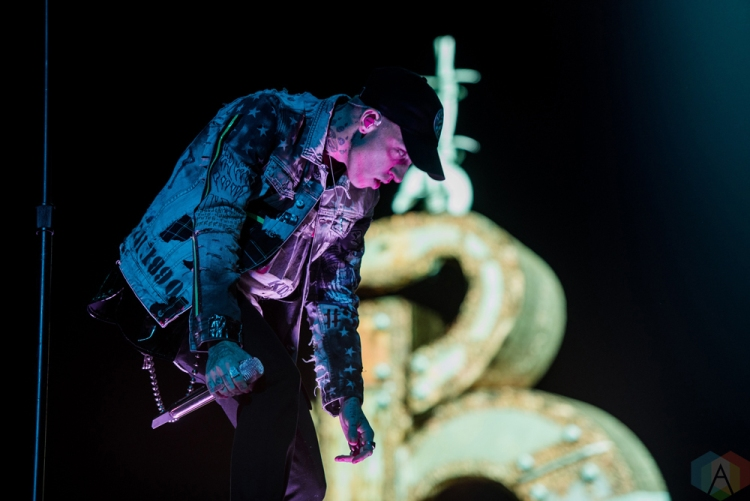 TORONTO, ON - OCTOBER 25: Blackbear performs at Air Canada Centre in Toronto on October 25, 2017. (Photo: Joanna Glezakos/Aesthetic Magazine)