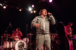 SEATTLE, WA - OCTOBER 18: Har Mar Superstar performs at The Showbox in Seattle on October 18, 2017. (Photo: Kevin Tosh/Aesthetic Magazine)