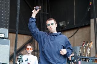Liam Gallagher performs at CalJam 2017 at Glen Helen Amphitheatre in San Bernardino, California on October 7, 2017. (Photo: James Alvarez/Aesthetic Magazine)