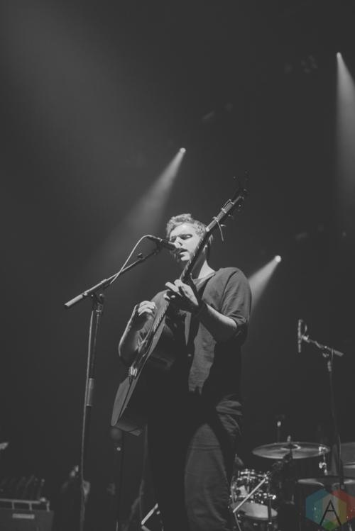 NEW YORK, NY - OCTOBER 21: Wilder performs at Hammerstein Ballroom in New York City on October 21, 2017. (Photo: Gina Garcia/Aesthetic Magazine)