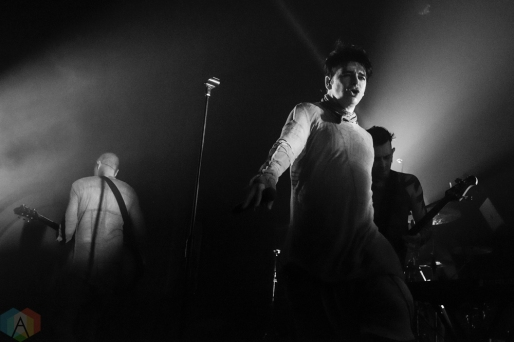 SEATTLE, WA - NOVEMBER 22: Gary Numan performs at Neptune Theatre in Seattle on November 22, 2017. (Photo: Kevin Tosh/Aesthetic Magazine)