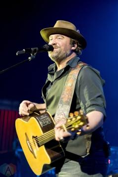 DETROIT, MI - NOVEMBER 16: Lee Brice performs at the Fillmore in Detroit on November 16, 2017. (Photo: Jen Boris/Aesthetic Magazine)