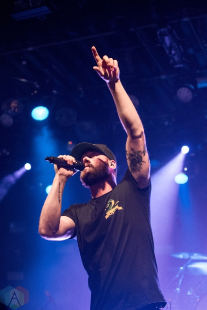 VANCOUVER, BC - DECEMBER 20: Andrew Hyatt performs at Commodore Ballroom in Vancouver on December 20, 2017. (Photo: Kristina Kimlickova/Aesthetic Magazine)