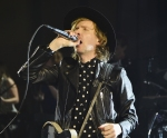 Photos: Beck @ Spring Studios