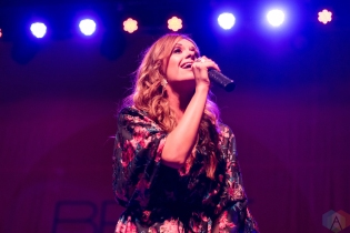 DETROIT, MI - DECEMBER 1: Carly Pearce performs at Majestic Theatre in Detroit on December 1, 2017. (Photo: Jen Boris/Aesthetic Magazine)