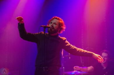 TORONTO, ON - DECEMBER 11: Single Mothers performs at Danforth Music Hall in Toronto on December 11, 2017. (Photo: Tyler Roberts/Aesthetic Magazine)