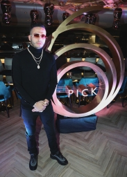 TORONTO, ON - JANUARY 9: Eric Da Jeweler attends Dwyane Wade's birthday party at Pick 6ix in Toronto on January 9, 2018. (Photo: Johnny Nunez/Getty)