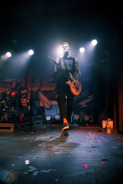 TAMPA, FL - JANUARY 27: Neck Deep performs at The Orpheum in Tampa, Florida on January 27, 2018. (Photo: Jordan Miller/Aesthetic Magazine)