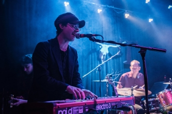 SEATTLE, WA - FEBRUARY 12: Clap Your Hands Say Yeah performs at The Tractor Tavern in Seattle on February 12, 2018. (Photo: Kevin Tosh/Aesthetic Magazine)
