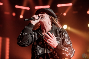 TORONTO, ON - FEBRUARY 16: Kid Rock performs at Air Canada Centre in Toronto on February 16, 2018. (Photo: Joanna Glezakos/Aesthetic Magazine)
