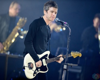 TORONTO, ON - FEBRUARY 20: Noel Gallagher performs at Sony Centre in Toronto on February 20, 2018. (Photo: Julian Avram/Aesthetic Magazine)