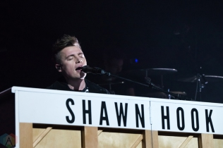 CALGARY, AB - FEBRUARY 12: Shawn Hook performs at Stampede Corral in Calgary on February 12, 2018. (Photo: Adriana Malinowska/Aesthetic Magazine)